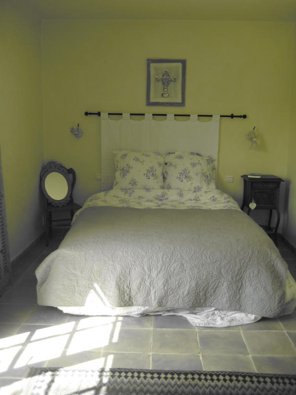 Bed / Lit