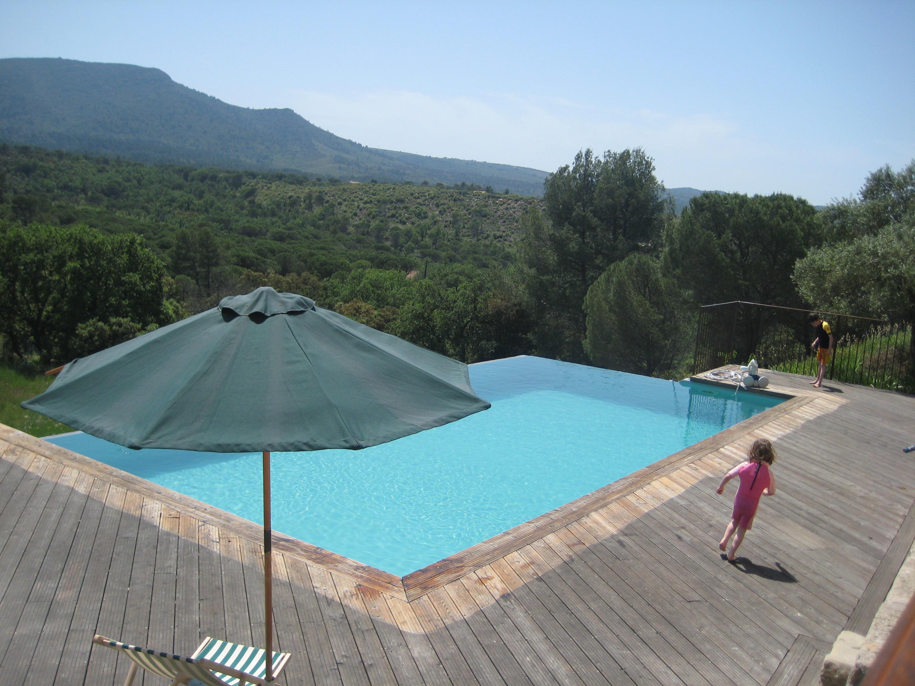 Pool / Piscine